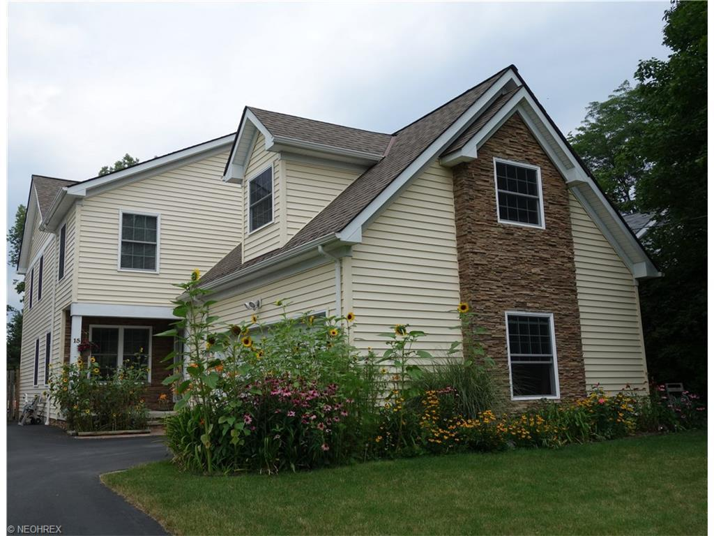 Chagrin Falls, OH-Pending - $454,500